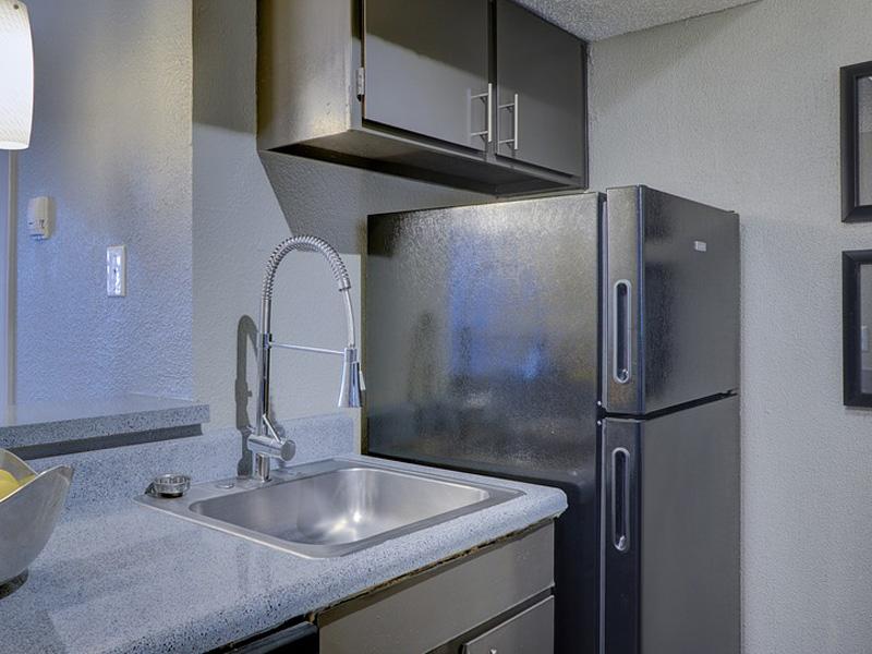 Electrolux refrigerator repairs Los Angeles